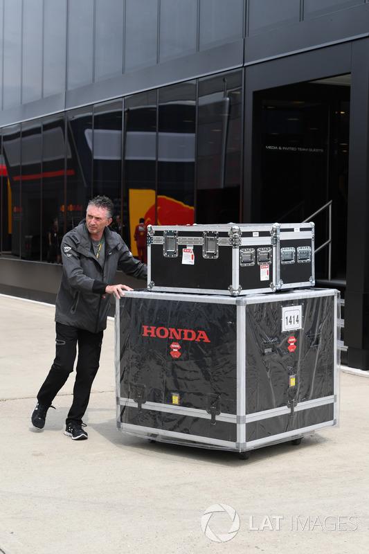 Контейнеры Honda