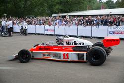 McLaren -Cosworth M23 - Charles Nearburg