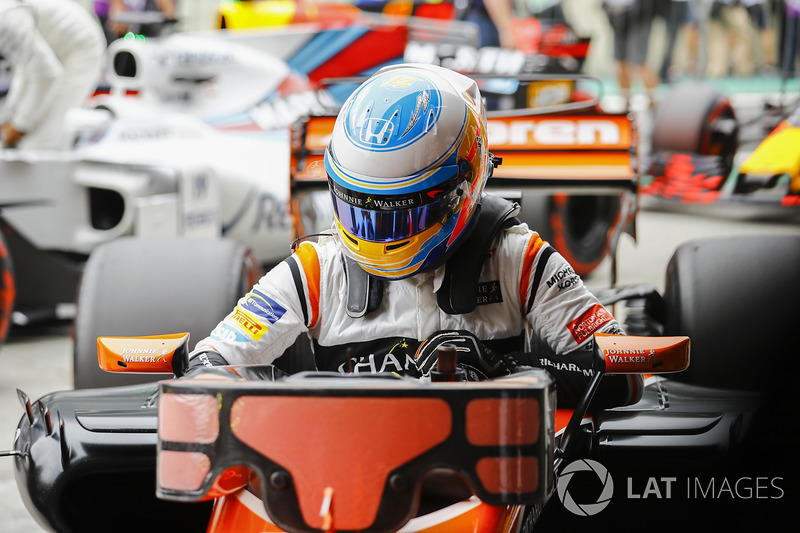 Fernando Alonso, McLaren, Parc Ferme