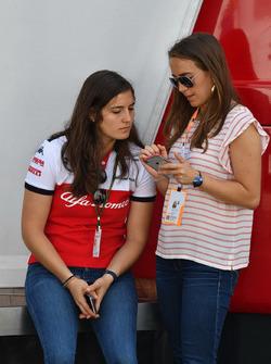Тест-пилот Alfa Romeo Sauber Татьяна Кальдерон и Паула Кальдерон