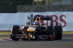 Race winner Sebastian Vettel, Red Bull Racing RB9