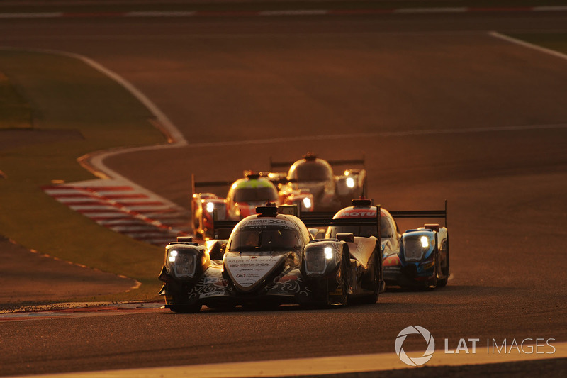 #38 Jackie Chan DC Racing ORECA 07-Gibson: Ho-Pin Tung, Thomas Laurent, Oliver Jarvis