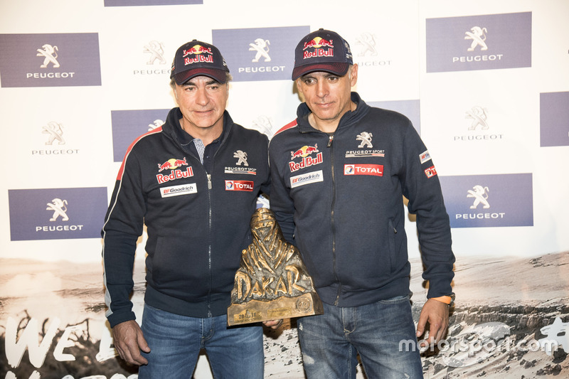 «Дакар»: Карлос Сайнс та Лукас Крус, Peugeot Sport