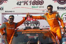Amittrajit Ghosh, Ashwin Naik, Mahindra SUV 500
