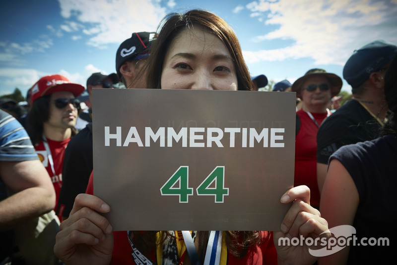 Ein Fan von Lewis Hamilton, Mercedes AMG F1