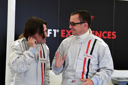 Adam Cooper, Journalist F1 Experiences 2-Seater passenger and Johathan Noble, Journalist F1 Experiences 2-Seater passenger