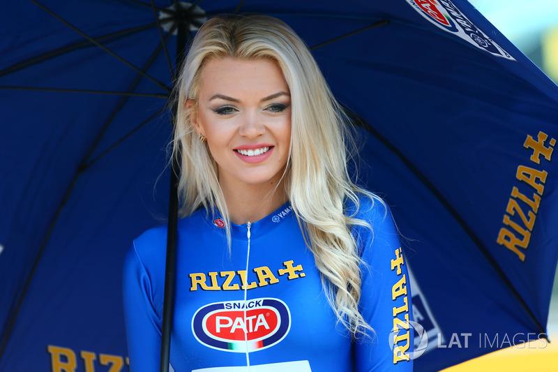 Формула 1 Девушка месяца: грид-герл Венета Илиянова