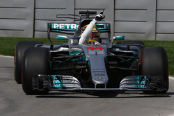 Race winner Lewis Hamilton, Mercedes-Benz F1 W08