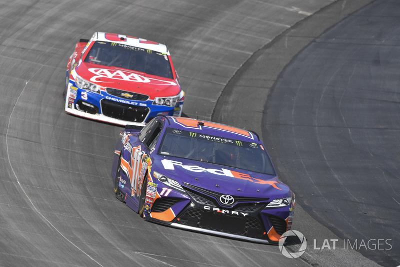 Denny Hamlin, Joe Gibbs Racing, Toyota; Austin Dillon, Richard Childress Racing, Chevrolet