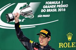 Подіум: Третє місце Макс Ферстаппен, Red Bull Racing