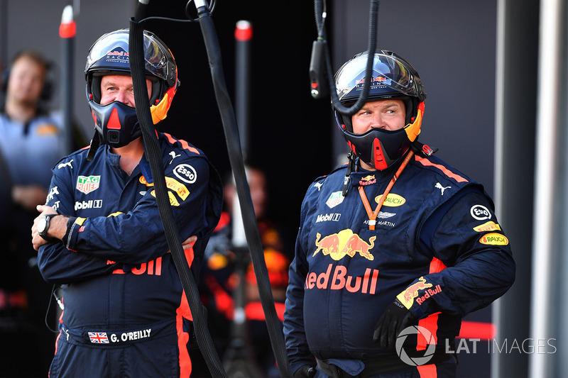 Red-Bull-Mechaniker