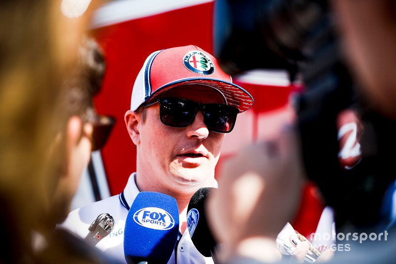 """Kimi Räikkönen: """"Er war immer nett zu uns Fahrern, hatte uns aber auch immer unter Kontrolle. Er war ein toller Mann. Ich hatte immer ein gutes Verhältnis zu ihm. Er hat so viel für die Formel 1 getan. Und er hat es immer geschafft, dass wir Fahrer uns benehmen."""""""
