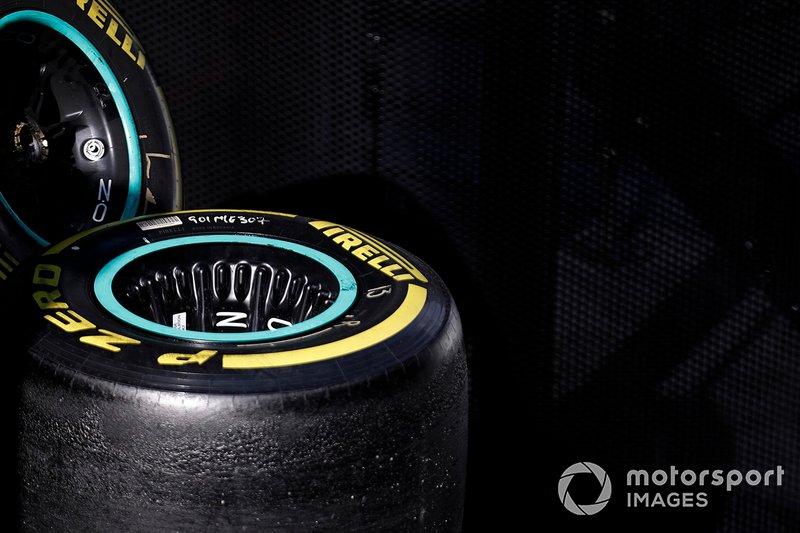 Mercedes-AMG F1 : roues et pneus Pirelli