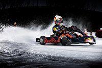Red Bull buz üzerinde karting