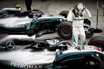 Pole man Lewis Hamilton, Mercedes AMG F1, in Parc Ferme, after Qualifying
