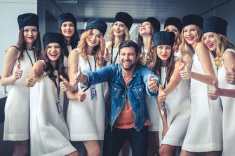 Grid girls and blogger Amiran Sardarov