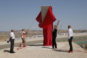 Открытие стелы в честь Марка Маркеса