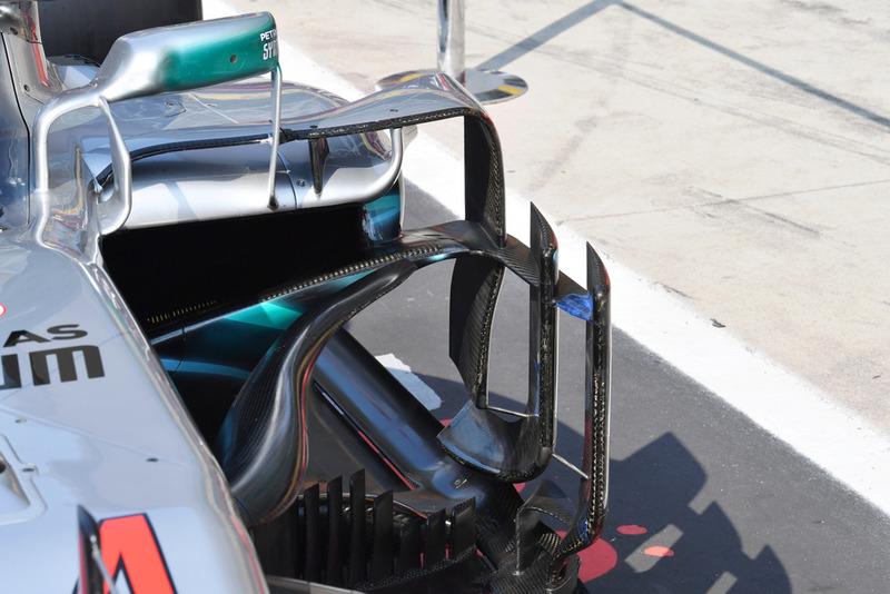 Mercedes AMG F1 W09 barge board detail