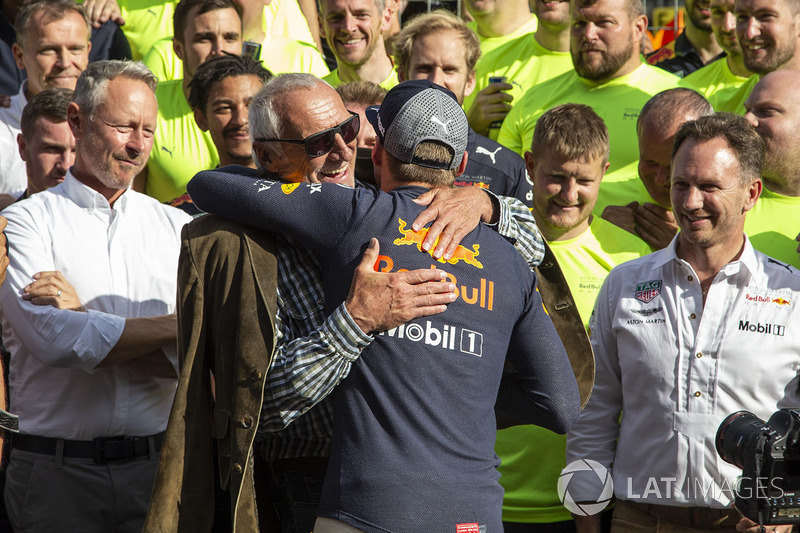 Race winner Max Verstappen, Red Bull Racing celebrates with Dietrich Mateschitz, CEO and Founder of Red Bull