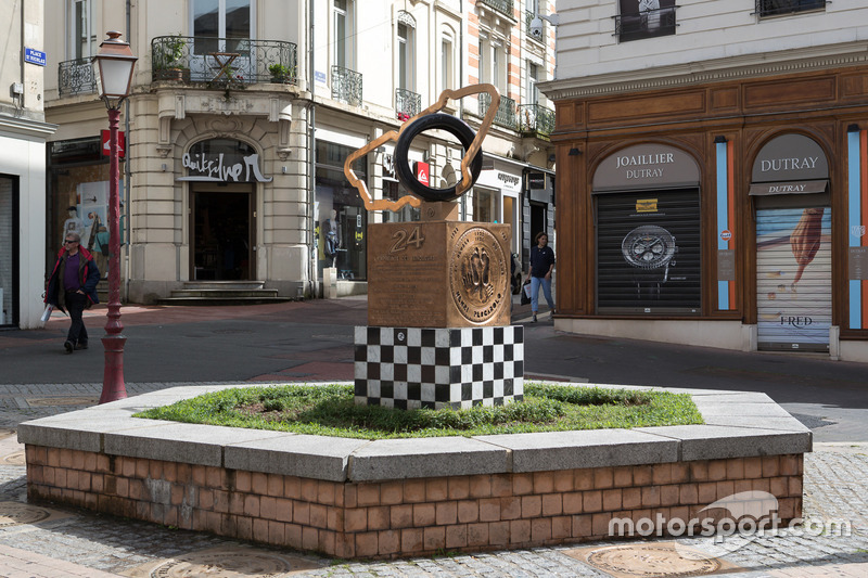Le Mans 24 Hours winners statue in downtown