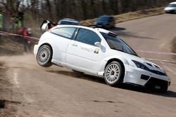 Маркко Мяртин и Кристо Крааг, Ford Focus RS WRC 03
