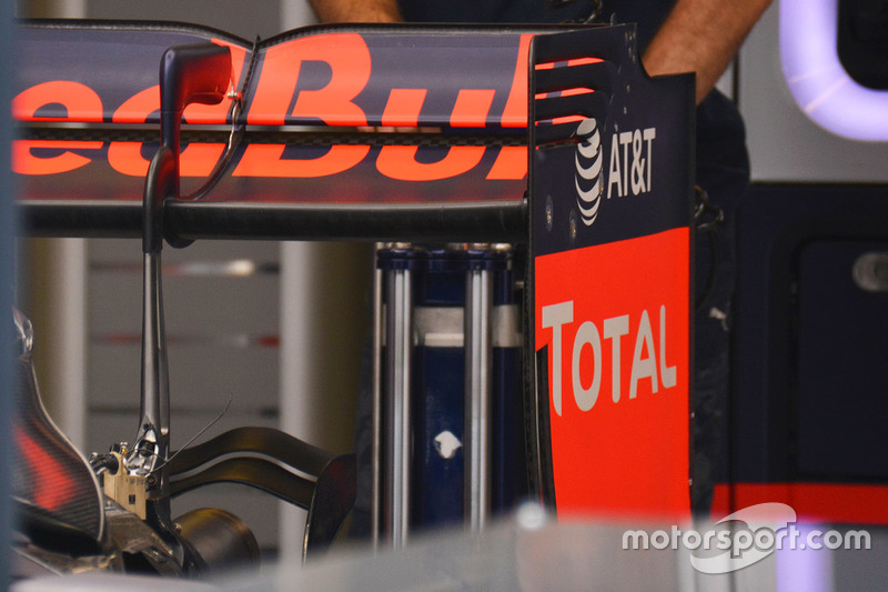 Red Bull Racing RB12: Monkey-Seat