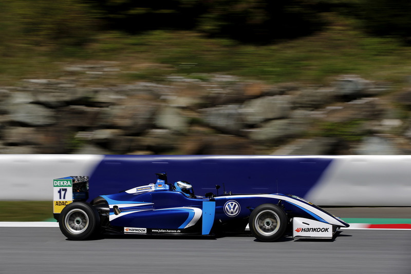 Julian Hanses, Carlin Dallara F317 - Volkswagen