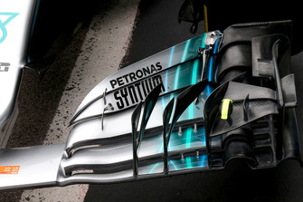 Mercedes AMG F1 W09 front wing