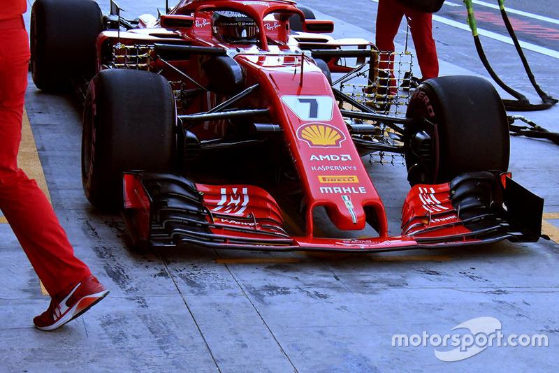 Переднє крило Ferrari