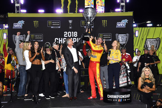 Joey Logano, Team Penske, Ford Fusion Shell Pennzoil celebrates in championship victory lane