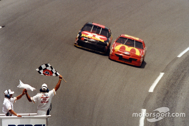 Daytona 1994: Jimmy Spencer siegt vor Ernie Irvan