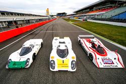 Porsche auf der Start-Ziel-Geraden