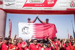 Les vainqueurs auto, #300 Toyota Hilux: Nasser Al-Attiyah, Matthieu Baumel