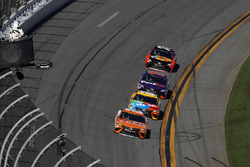 Daniel Suárez, Joe Gibbs Racing Toyota, Kyle Busch, Joe Gibbs Racing Toyota,  Denny Hamlin, Joe Gibbs Racing Toyota, Martin Truex Jr., Furniture Row Racing Toyota