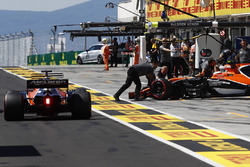 Фернандо Алонсо и Стоффель Вандорн, McLaren MCL32
