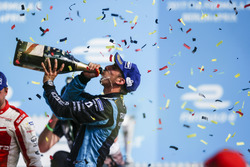 Sébastien Buemi, Renault e.Dams, sprays the champagne on the podium