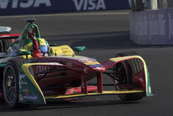 Ganador de la carrera Lucas di Grassi, Audi Sport Team Abt