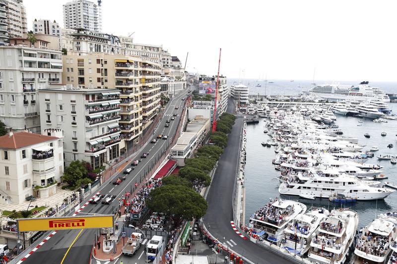 Kevin Magnussen, Haas F1 Team VF-18, and Romain Grosjean, Haas F1 Team VF-18, follow Max Verstappen, Red Bull Racing RB14