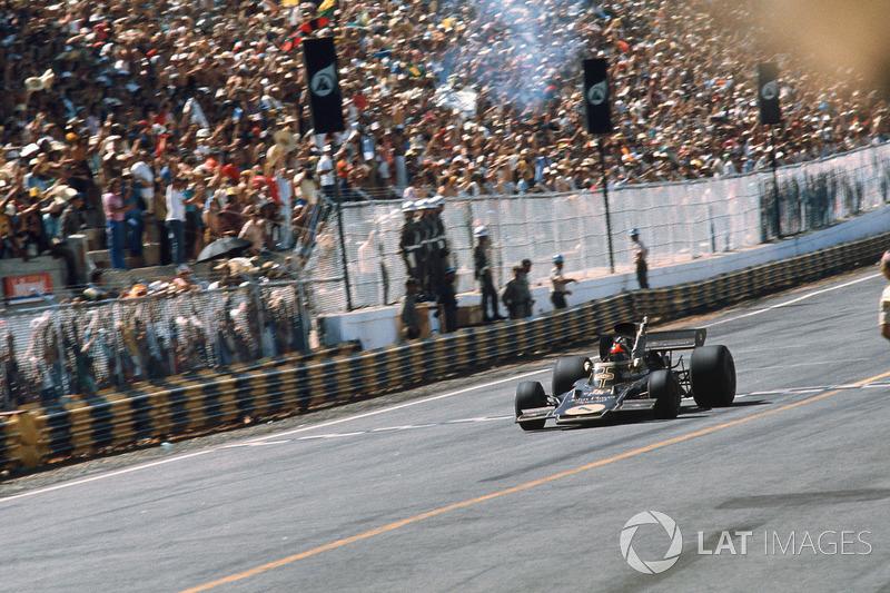 Ganador del GP de Brasil 1973: Emerson Fittipaldi, Lotus 72D