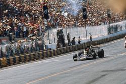 Sieg für Emerson Fittipaldi, Lotus 72D
