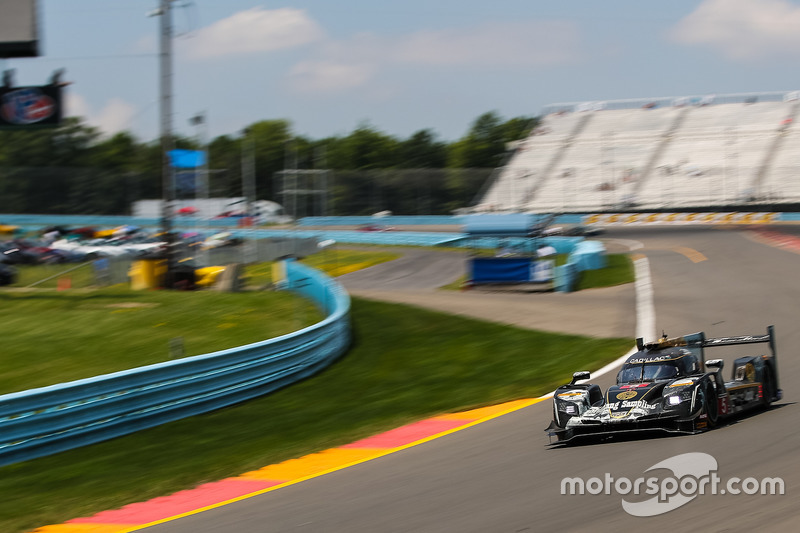 #5 Action Express Racing Cadillac DPi, P: Filipe Albuquerque, Christian Fittipaldi, Gabby Chaves