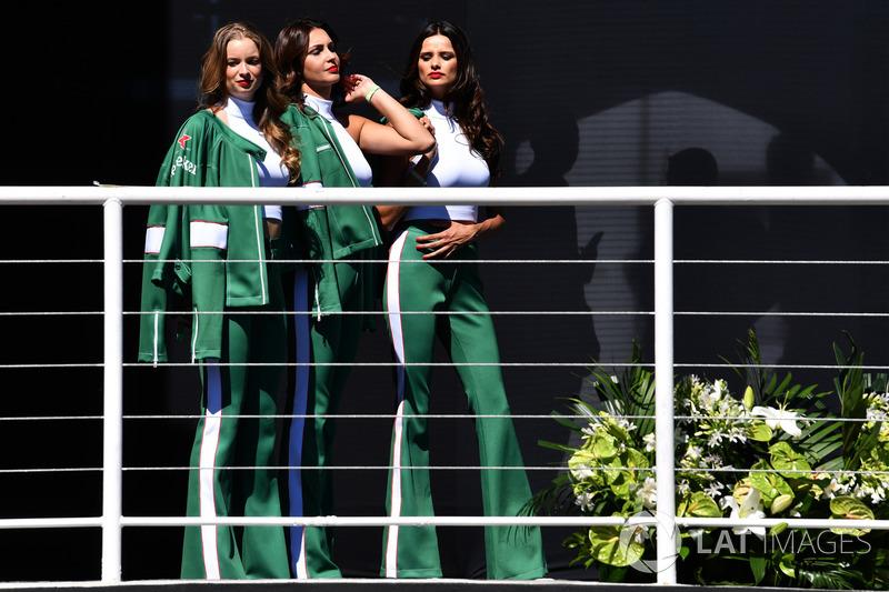 Grid girls on the podium