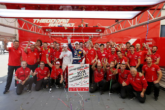 Gruppenfoto: PREMA Theodore Racing