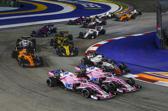Esteban Ocon, Racing Point Force India VJM11, Sergio Perez, Racing Point Force India VJM11 and Romain Grosjean, Haas F1 Team VF-18