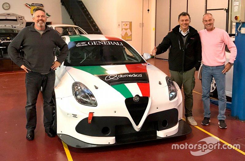 Alfa Romeo Giulietta TCR, Garry Rogers Motorsport, Romeo Ferraris