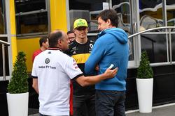 Керівник Sauber Фредерік Вассьор, Ніко Хюлькенберг, Renault Sport F1 Team, керівник Mercedes AMG F1 Тото Вольфф