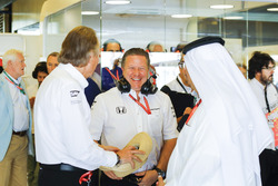 Zak Brown, Executive Director, McLaren Technology Group, Mansour Ojjeh and Sheikh Mohammed bin Essa Al Khalifa