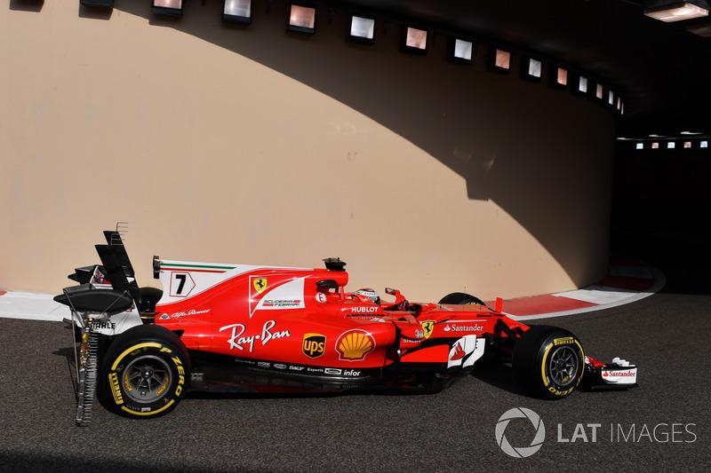 Kimi Raikkonen, Ferrari SF70H, con sensor en alerón trasero