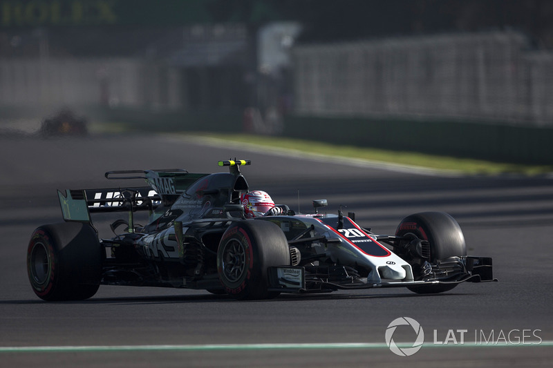 17. Kevin Magnussen, Haas F1 Team VF-17
