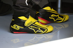 Alpinestars boots of Carlos Sainz Jr., Renault Sport F1 Team